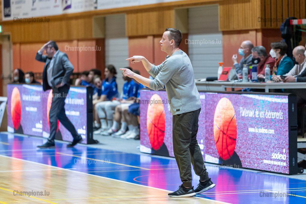 Coach Ken Diederich