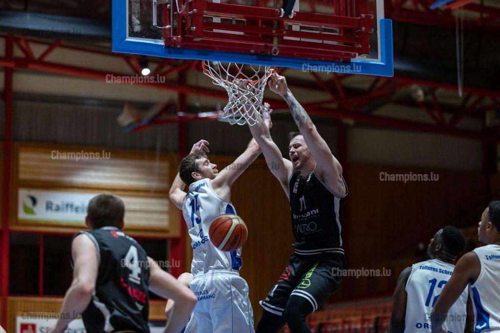 Stephen Harris slam dunk